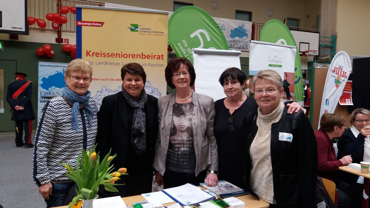 Ministerin am Stand